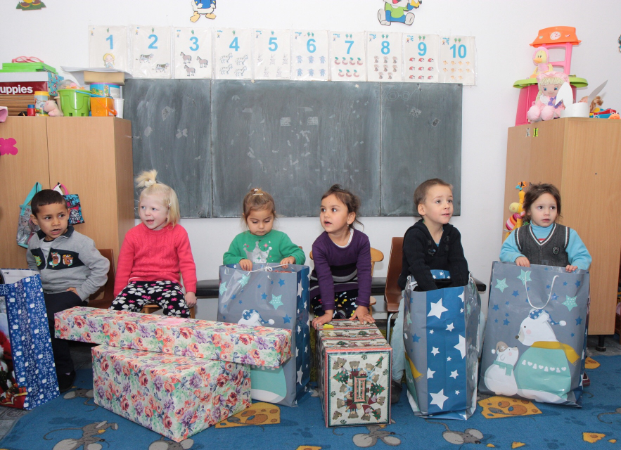 [Video] Letters to Santa. AXON Soft team fulfilled children`s wishes from a forgotten kindergarten